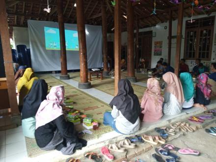 Jaringan Perlindungan Anak Desa Wukirsari Berikan Penyuluhan Cerdas Dalam Bersosial Media