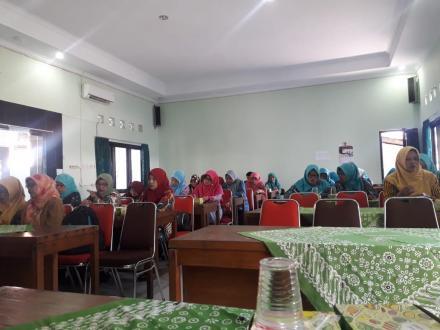 Pertemuan Rutin TP PKK Kecamatan Imogiri