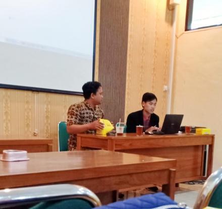 Seminar Entrepreneurship Berani Jadi Kaya, Strategi Pemuda Milenial Hadapi Revolusi Industri 4.0