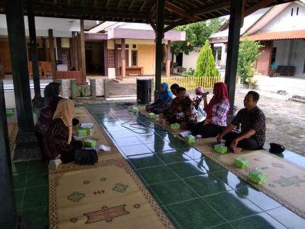 Pertemuan Ketua Kelompok SPP Bersama Lurah Desa Wukirsari dan UPK Pamoer Mandiri