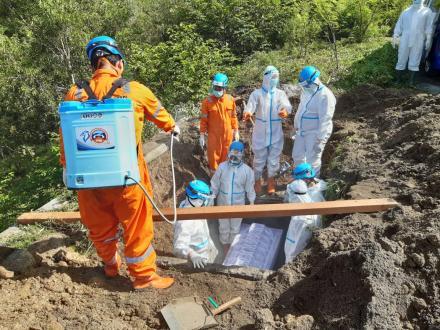 TKC FPRB Bima Sakti Laksanakan Pemakaman Jenazah Pasien Covid-19